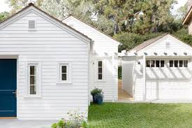 the new house is actually three small cottages a main house measuring 2 368 square