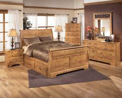 Full Size Of Bittersweet Sleigh Bedroom Set With Underbed Storage In Pine  Grain Bedroom Sleigh Bedroom ...