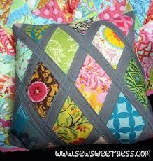 Best 25+ Quilted pillow ideas on Pinterest | Quilt pillow ... & FREE Tutorial: Diamond Lattice Pillow from Sew Sweetness Adamdwight.com