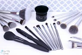 ulta makeup brushes. an overview of the it brushes for ulta line makeup v