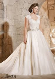 plus size bridal these 8 plus size wedding gown designers are perfect for body