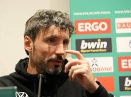 Mark peter gertruda andreas van bommel is a dutch football coach and former player who played as a midfielder. 4fxc6velhglx9m