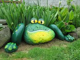 Diy Garden Painted Frog Rocksthese Are The Best Diy Garden Yard Ideas