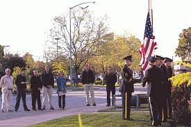 Raising the flag and awareness: Vietnam vet brings out the Color Guard to  replace faded flag – Santa Cruz Sentinel