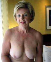 Naked older women photos
