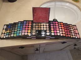 huge makeup kit. huge makeup kit