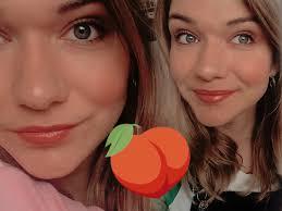 peachy makeup
