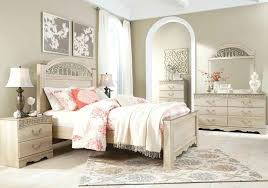 ortanique 5 pc bedroom set w king sleigh bed signature design by cream includes dresser avalon splendid