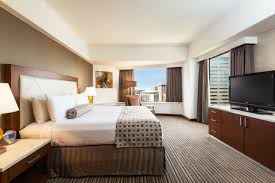 Seattle Hotel Suites 2 Bedrooms Hotels In Downtown Seattle Crowne Plaza Seattle