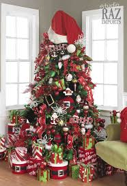 White Christmas Tree With Red And Green Decorations Cheminee Website
