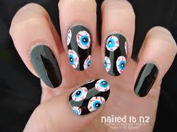 Halloween ~ Non Naff Halloween Nail Art Ideas Ladylandladyland ...