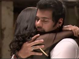 get ready to witness pragya and abhi s hot hug with romantic love confession abhi and