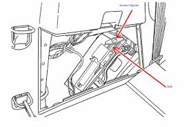 fuse location for hud for gmc acadia fixya wyet helps 22 gif