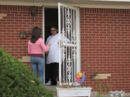 the homeowner had actually fallen victim to a curb painting scam that s been seen in all corners of the united sates the scam is pretty straightforward and