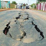 Resultado de imagen para Calles rotas y empanadas de Cumaná