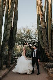 kacia and tony s desert botanical garden wedding has the most perfectly modern rich color palette after planning the wedding herself kacia and tony