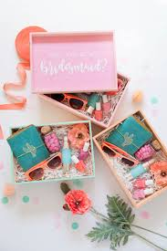 bridesmaid gifts are a must but a handmade one is so so special these painted wood gift boxes are the perfect way to shower your friends with cute gifts