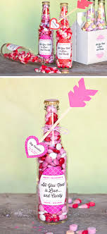 valentine candy bottles tutorial valentine candy bottles diy heart arrows diy valentine gifts for him diy valentine