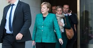 Information and translations of vertrauensfrage in the most comprehensive dictionary definitions resource on the web. Angela Merkel Konnte Jetzt Die Vertrauensfrage Stellen Was Heisst Das Der Spiegel