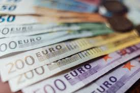 Mattarella firma il ddl Bilancio | va alla Camera Verso un decreto ristori  ter da oltre un miliardo