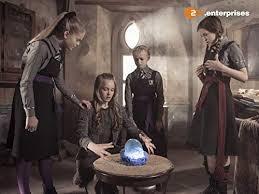 Белла рэмси известна ролью лианны мормонт в сериале игра престолов. The Worst Witch 2017