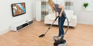 can you vacuum hardwood floors