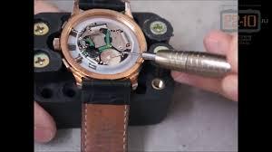 Замена батарейки в часах (крышка на резьбе) - YouTube