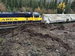 Crews clear mudslide from Alaska Railroad tracks  service resumes     Fairbanks Daily News Miner