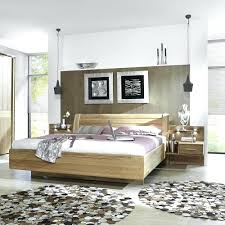 Braune Wandfarbe Schlafzimmer