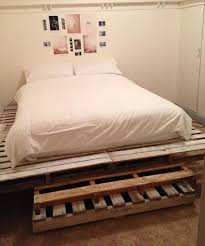 pallet king size bed diy queen size pallet bed king size pallet bed pallet furniture