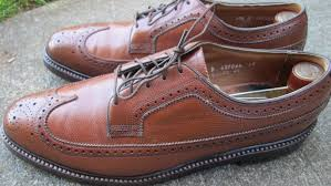 i already owned a pair of these shoes and liked them but their original v cleat heel made