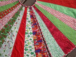 SewCraftyJess: Festive Christmas Tree Skirt & tutorial & DSC04186 Adamdwight.com