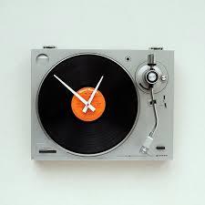 1 turntable clock