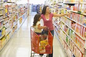 child in supermarket ile ilgili görsel sonucu