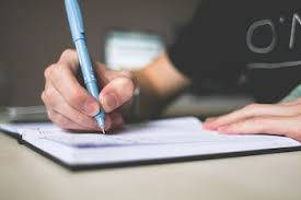 informative essay topics for middle school com it should never stray into the writer s opinion students can write informational essays a number of ways they can answer essay questions