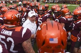 Virginia Tech Football Hokies Down 14 3 At The Half To