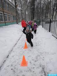 Зимние виды спорта Воспитателям детских садов школьным учителям  Сценарий спортивного праздника Мы будущие олимпийцы по зимним видам спорта для детей 4 7 лет