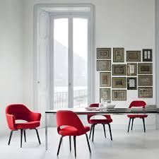 ... Saarinen Executive Arm Chair by Knoll. 1