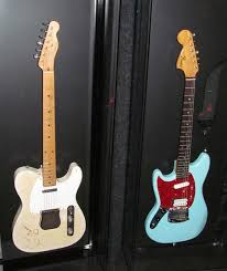 17 best ideas about fender jagstang nirvana ray davies fender telecaster and kurt cobain s fender jaguar