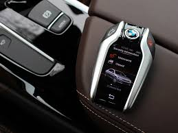 2018 bmw key fob. delighful bmw bmwu0027s display key is a nifty gadget with some interesting features throughout 2018 bmw fob