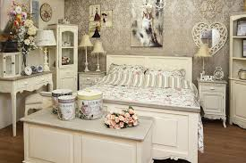 French-Shabby-Chic-Bedroom