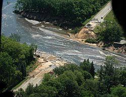 Наводнение Википедия Последствия наводнения на реке Кроуфиш в Висконсине США в 2008 г