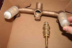 bathroom water coming out of bathtub faucet and shower head water coming out of bathtub