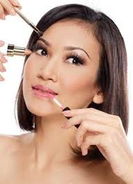 cara memakai makeup yang simple dan natural memakai you