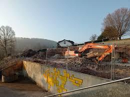 +++ die salzbachtalbrücke auf der a66 bei wiesbaden ist nur noch einspurig befahrbar. Uberwald Gymnasium Schule 2 0 Unser Neubau Aktueller Stand 10 05 21
