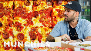 The Pizza Show: Detroit - YouTube