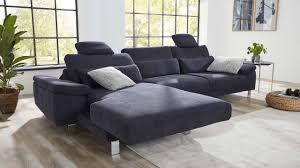 Die Individuell Einstellbare Sitztiefe Lässt Das Sofa Zu