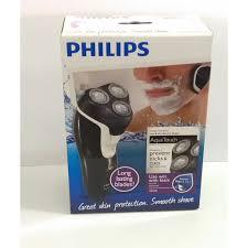 Máy cạo râu khô và ướt Philips AT610