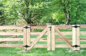 fence gate. KY 4 Bd Double Gate Fence Gate