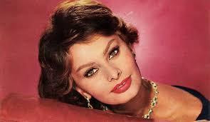 <b>София Лорен</b> (Sophia Loren, Sofia Villani Scicolone) - биография ...